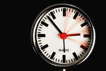 Uhrzeit mit Sekunden anzeigen in macOS
